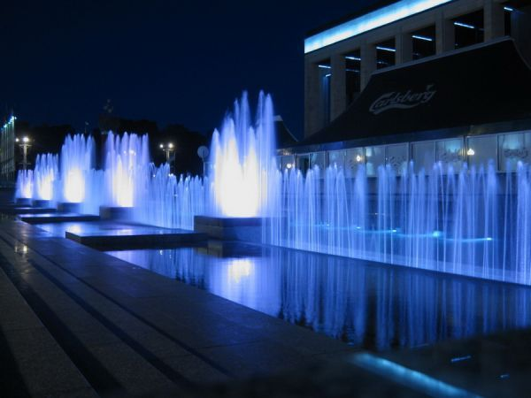 Fountain-October-Square.jpg